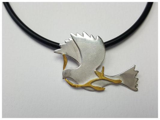 Friedenstaube aus Silber mit Feingold
