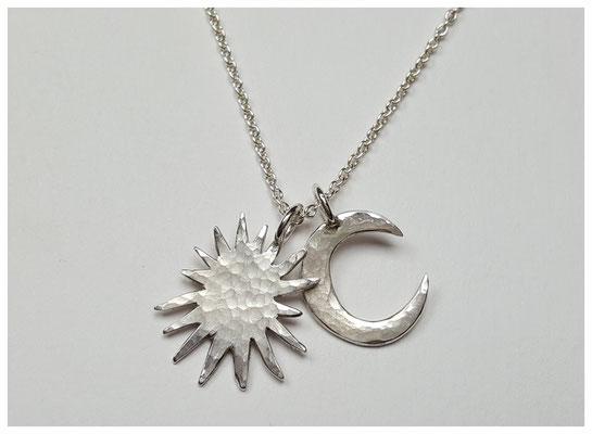 Sonne und Mond-Anhänger aus Silber