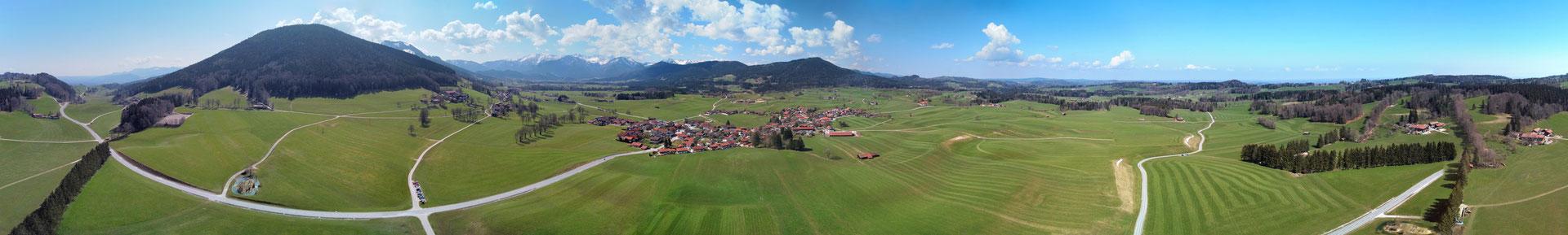 Panorama - Drohnenfoto - Landschaft - Bayern - Berge - Alpen - Winter - Ausflug - Wanderung - Chiemgau - Schwarzenberg - Hundham - 360 Grad