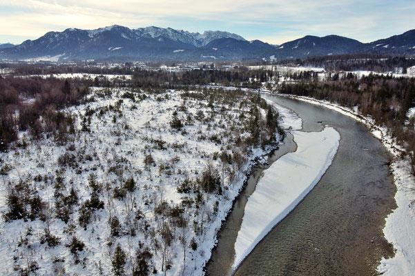 Drohnenfoto - Vogelperspektive - Drohne - Drohnenbild - Luftaufnahme - Fluss - Isar - Bad Tölz - Winter