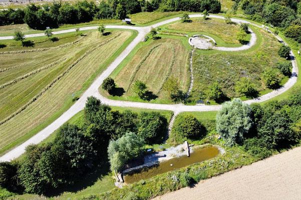 Drohnenfoto - Vogelperspektive - Drohne - Drohnenbild - Luftaufnahme - Wege - Park