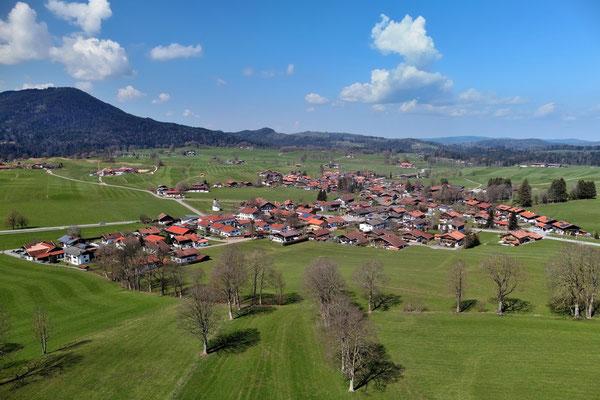 Drohnenfoto - Vogelperspektive - Drohne - Drohnenbild - Luftaufnahme - Landschaft - Feld - Hundham