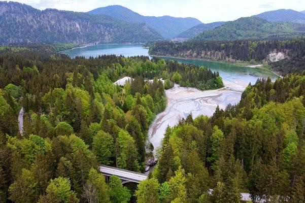 Drohnenfoto - Vogelperspektive - Drohne - Drohnenbild - Luftaufnahme - See - Sylvensteinsee - Sylvenstein - Stausee