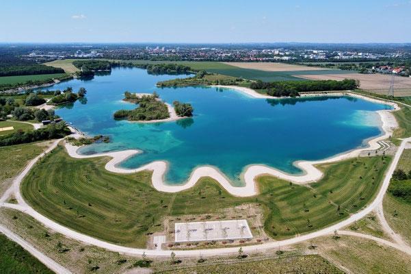 Drohnenfoto - Vogelperspektive - Drohne - Drohnenbild - Luftaufnahme - See - Sommer - Muster - Türkis - Eching - Hollerner See