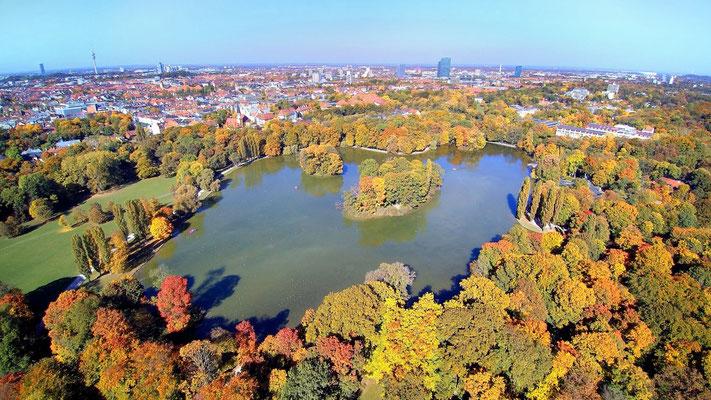 Drohnenfoto - Vogelperspektive - Drohne - Drohnenbild - Luftaufnahme - See - München - Englischer Garten