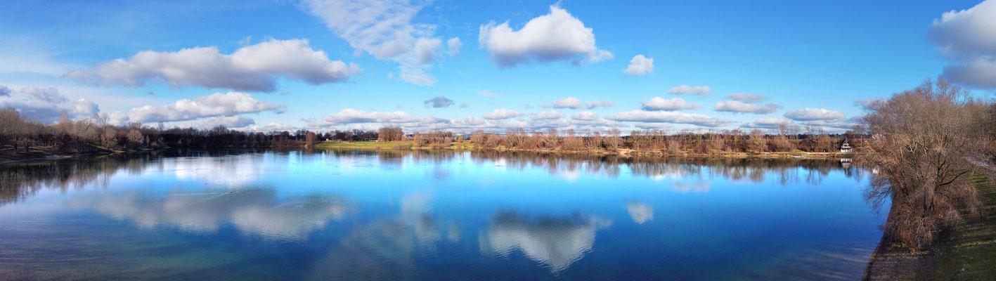 Panorama, Drohnenfoto, Heimstettener See, Spiegelung, Blau, Wolken, Symmetrie