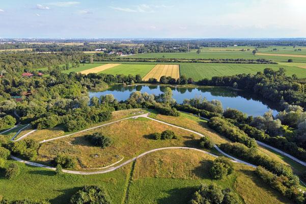Drohnenfoto - Vogelperspektive - Drohne - Drohnenbild - Luftaufnahme - See - Sommer -Dachau - Weiher