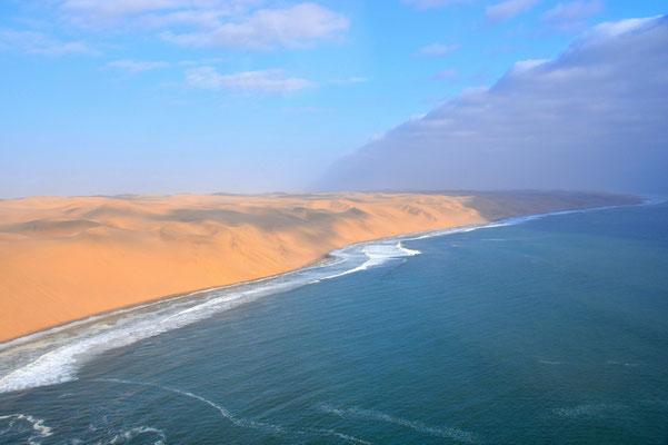 Namibia - Rundfahrt - Reise - Rundreise - Landschaft - Flug - Swakopmund - Hentiesbaai - Atlantischer Ozean - Sanddünen