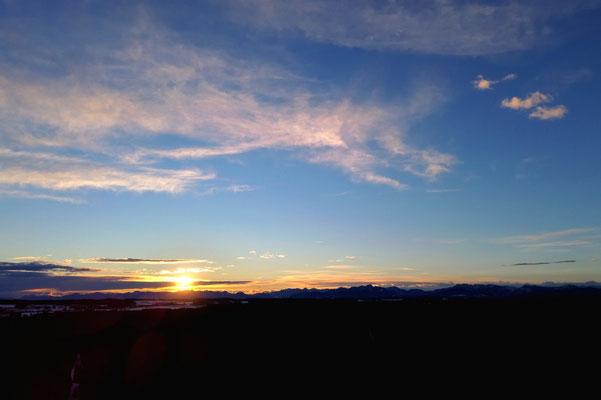 Vogelperspektive, Drohnenfoto, Drohnenbild, Luftaufnahme, Sonnenaufgang, Alpen
