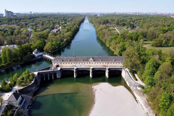 Drohnenfoto - Vogelperspektive - Drohne - Drohnenbild - Luftaufnahme - Fluss - München - Isar