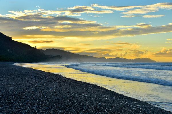 Pura Vida - Costa Rica - Dominical - Sonnenaufgang