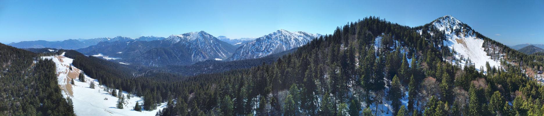 Panorama - Drohnenfoto - Landschaft - Berge - Alpen - Ausflug - Wanderung - Aueralm - Bad Wiesse - Tegernsee