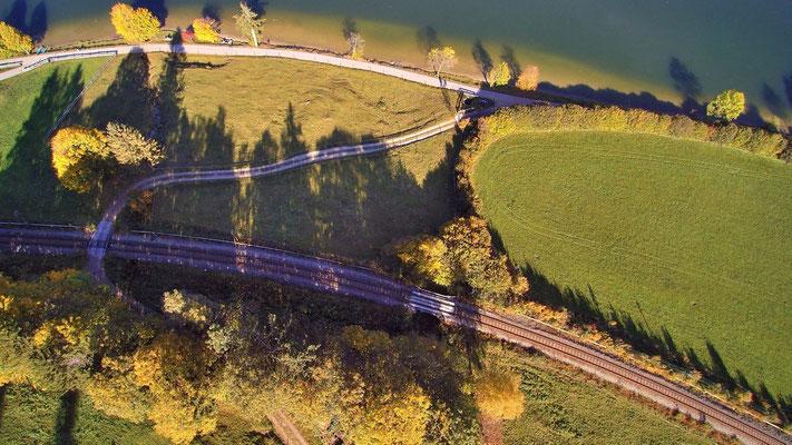 Drohnenfoto - Vogelperspektive - Drohne - Drohnenbild - Luftaufnahme - Schiene