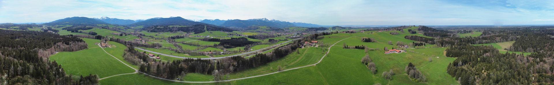 Panorama - Drohnenfoto - Landschaft - Bayern - Berge - Alpen - Sommer - Ausflug - Wanderung - Luftaufnahme - Traunstein