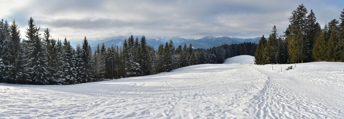 Panorama - Berge - Alpen - Wanderung - Winter - Neureuth