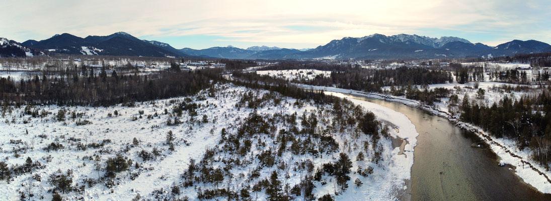 Panorama - Drohnenfoto - Berge - Alpen - Wanderung - Winter -Isar
