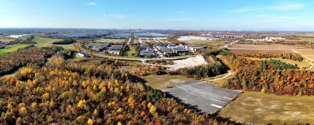 Panorama, Drohnenfoto, München Riem, Flughafen Landebahn, Riemer Park, Messestadt