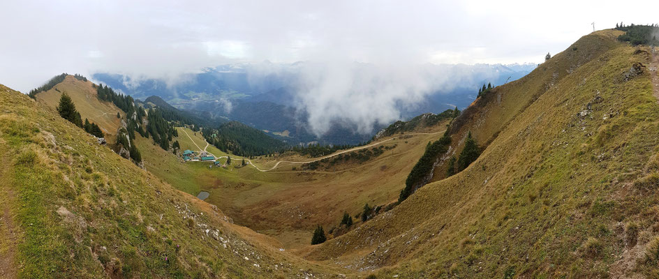 Panorama - Drohnenfoto - Landschaft - Herbst - Nebel - Berge - Alpen - Ausflug - Wanderung - Brauneck - Großer Höhenweg