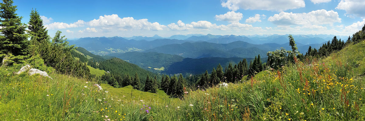 Panorama - Drohnenfoto - Landschaft - Bayern - Sommer - Berge - Alpen - Ausflug - Wanderung - Lenggries - Rechelkopf