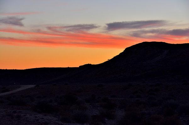 Namibia - Rundfahrt - Reise - Rundreise - Landschaft - Sonnenuntergang