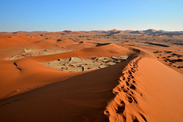 Namibia - Rundfahrt - Reise - Rundreise - Landschaft - Sossusvlei - Sanddünen