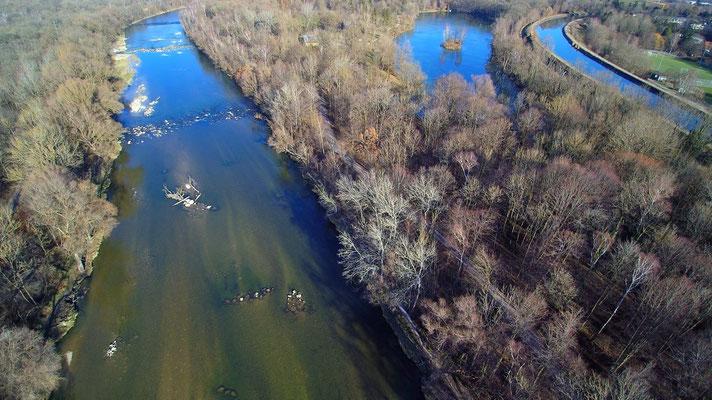 Drohnenfoto - Vogelperspektive - Drohne - Drohnenbild - Luftaufnahme - Isar - München - Unterföhring