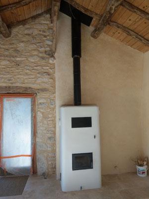 rénovation béton de chaux chanvre poele de masse