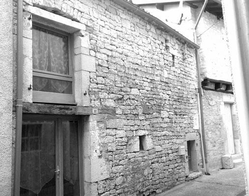 Réhabilitation d'une grange en habitation coeur de village LALBENQUE 1999