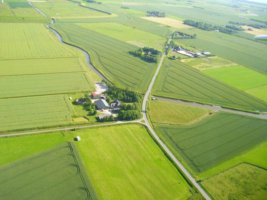 Der Ferienhof zwischen Feldern und Marsch
