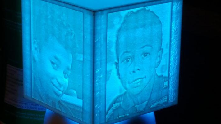 photophore personnalisé: le PHOTOKOX ! led de couleur bleue