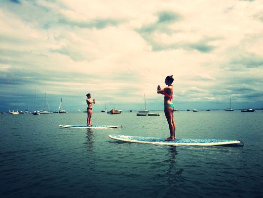 Séance de Sup Yoga sur le bassin