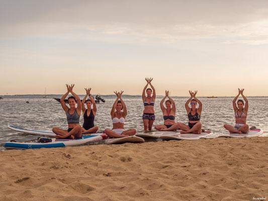 Yoga Esprit Surf ©Emmanuel Fazembat