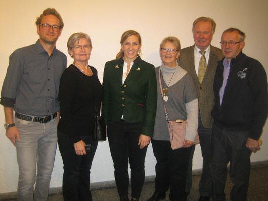 Die Gruppe mit Anni Friesinger (3. von Links)