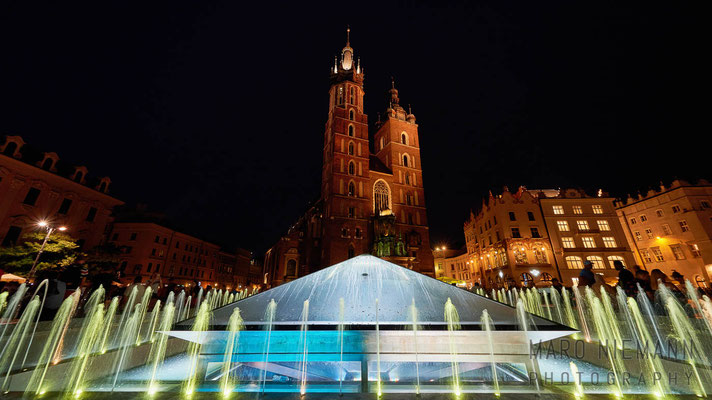 Fountain at the main square Rynek Główny · Kraków · Poland