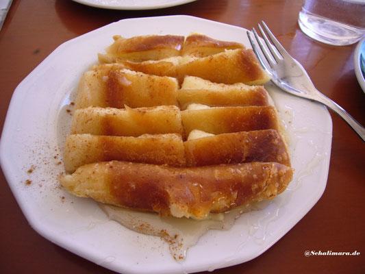 Bougátsa mit Honig