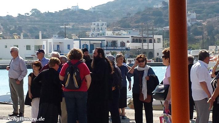 in Begleitung der Popen von Patmos