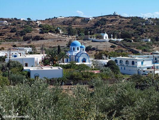 Landschaft mit Kapellen
