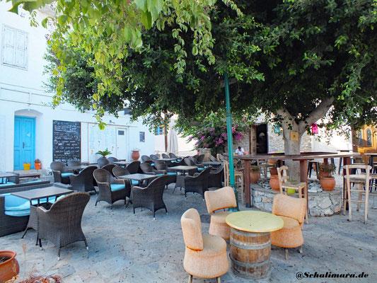 Der Dorfplatz von Livadia