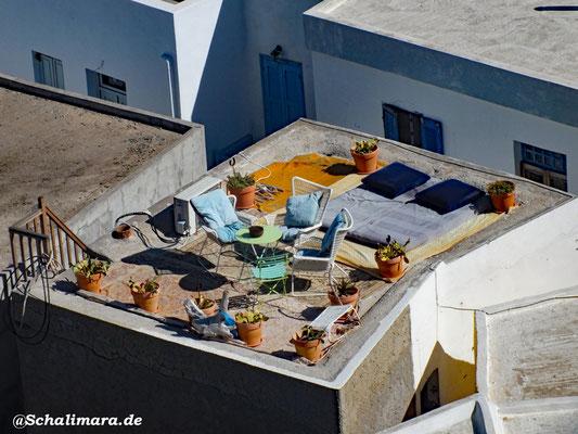 auf die Dachterrasse