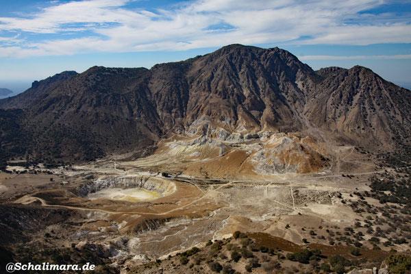 Blick von oben auf den Krater