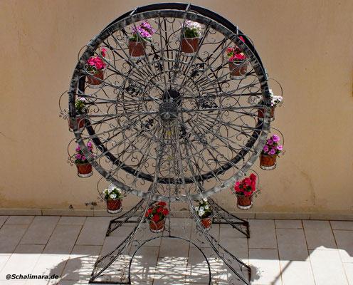 und ein Blumenrad