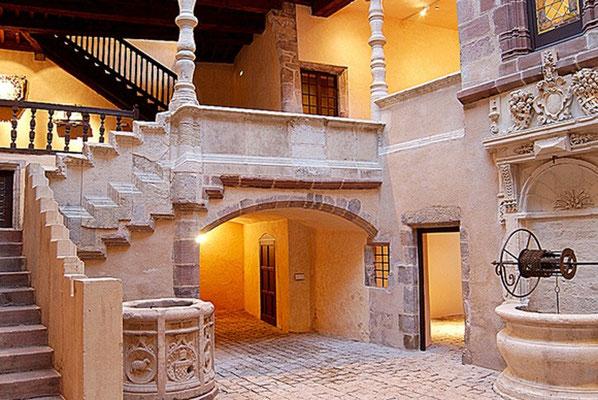 Musée Fenaille à 12 mn du gîte de Montredon à Salles la Source en Aveyron