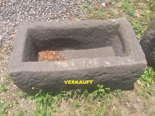 No. 2 Länge/Breite/ Höhe in cm: 84/44/28 VERKAUFT