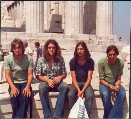 Akropolis 1976, Selbst, Hans, Louis, Reinhard