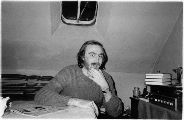 Roger Helmig in seinem Haus in Essen-Steele