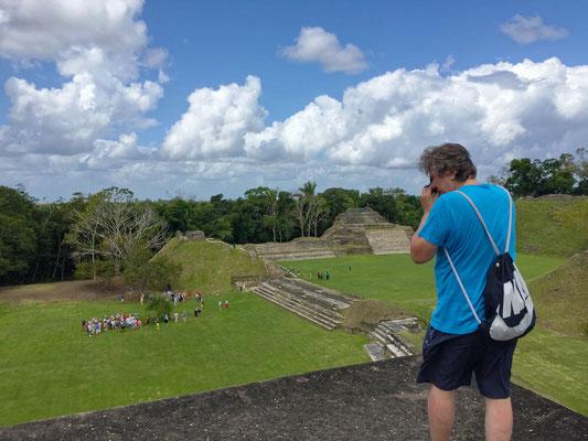 Auf dem Sonnengott-Tempel, Belize (Foto: Julia Schneider)