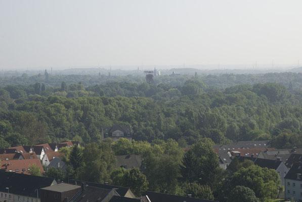 Blick nach Osten. Im Hintergrund: Zeche Bonifacius in Essen-Kray, August 2008
