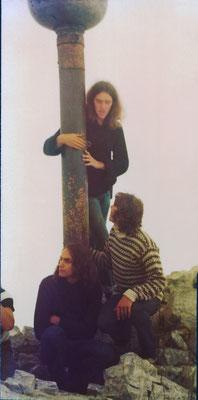Zugspitze, Gipfelkreuz: Hans, Erwin Wiemer und Reinhard, 1976