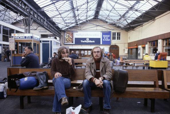im Bahnhof von Inverness