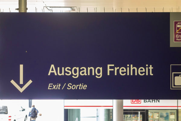 Großes Versprechen am Essener Hauptbahnhof